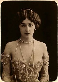 Lina Cavalieri, c1900, She was considered one the most beautiful woman in the world.