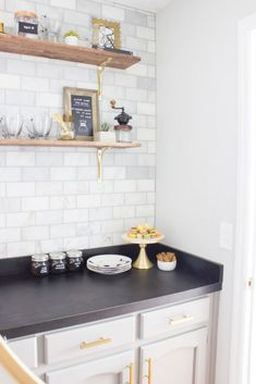 10 DIY Coffee Bar Cabinet Ideas for the Perfect Cup of Joe Coffee Station Kitchen, Coffee Bars In Kitchen, Coffee Bar Home, Home Coffee Stations, Coffee Corner, Coffee Shop, Diy Kitchen, Kitchen Design, Kitchen Cabinets