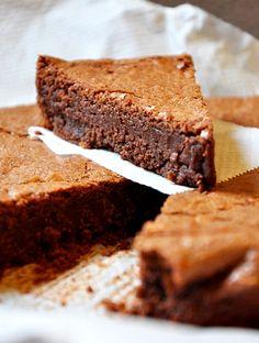 Recipe:+Extra+Chocolate+Cake+|+eatwell101.com