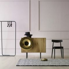 With its trumpet-shaped speaker, the Caruso music cabinet by Paolo Cappello Design might make you think of old gramophones, but it's outfitted with a Santa Cecilia, Achille Castiglioni, Luxury Furniture, Furniture Design, Funky Furniture, Such Und Find, Boffi, Speaker Design, Cabinet Design