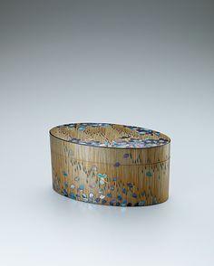 工藤隆志 乾漆蒔絵箱「花時雨」 Japanese Culture, Japanese Art, Japanese Tea Ceremony, How To Make Tea, Global Art, Art Object, Box Art, Arts And Crafts, Chinoiserie