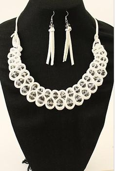 """Add a sweet feminine touch with this trendy fashionable bibestyle necklace with earrings set.  Length: 20""""  Imported"""
