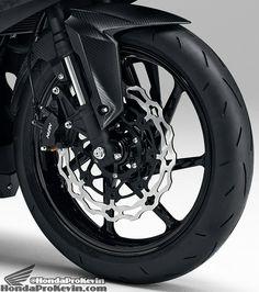 2016 Honda Sportbike Motorcycle