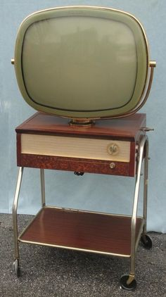 '50s Technology: 1957 Philco Predicta G 4242 TV Television w/ Roll Away Stand NR #BacktotheFuture