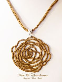 Tatting Necklace, Tatting Jewelry, Tatting Lace, Pendant Necklace, Needle Tatting Tutorial, Projects To Try, Jewels, Beads, Crafts