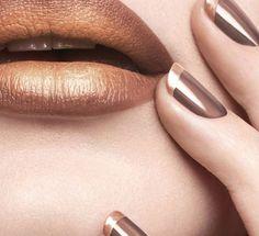 Μάθε τα πάντα για τα νέα χρώματα και σχέδια στο φθινοπωρινό manicure και ανανέωσε την εμφάνιση και την διάθεσή σου...
