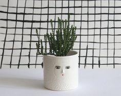 White textured ceramic cache-pot  - 3D nose by kinska