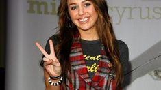 Miley Cyrus Brown Hair, Old Miley Cyrus, Martina Stoessel