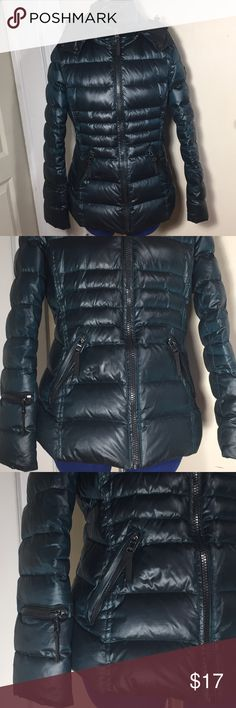 ANDREW MARC 650 FILL down jacket teal Size SMALL Jacket is in ok condition. Has a couple or tears on sleeves. Refer t last 2 photos PRICE REFLECTS IMPERFECTIONS. Beautiful teal color!  Size S 90% Duck down 10% Water fowl Any questions just ask:) Andrew Marc Jackets & Coats Puffers