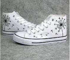 How to wear converse high tops with socks chuck taylors 61 Ideas Diy Converse, White Converse, Converse Sneakers, Converse All Star, Galaxy Converse, Cool Converse High Tops, Converse Design, Painted Converse, Painted Sneakers