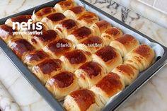 Nefis Rulo Açma Tarifi Hot Dog Buns, Hot Dogs, Turkish Recipes, Dinner Rolls, Pain, Banana Bread, Waffles, Breakfast Recipes, Recipies
