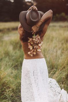 New Ideas For Wedding Dresses Hippie Boho Grace Loves Lace Poses Boudoir, Boudoir Photography, Hippie Photography, Beach Boudoir, Photography Women, Grace Loves Lace, Bohemian Wedding Dresses, Hippie Dresses, Dress Wedding