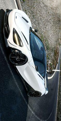 °) 2018 Novitec McLaren image enhancements are by Keely VonMonski Top Cars, Dream Cars, Super Cars, Cars 2017, Hot Rods, Vehicles, Badass, British, Europe