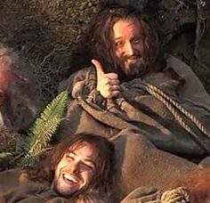 then u have pictures like this that makes u know these guys had fun filming! Thorins face though!!!