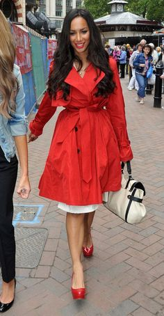 802b18474fb Style Watch  Celebrity trench coats - How to style trench like a celebrity