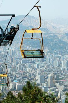 https://flic.kr/p/6kFmeR | Aug 5 - Mountain Climb - Lanzhou Skyline W Chairlift | Lanzhou, China - August, 2008