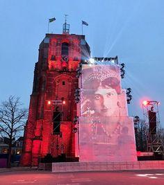 Die friesische Provinzhauptstadt Leeuwarden mit ihrem schiefem Turm ist Europäische Kulturhauptstadt 2018 und wächst gerne über sich hinaus.