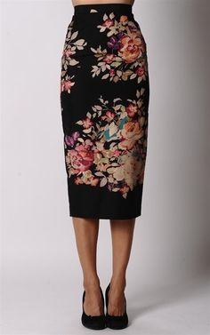 Gorgeous pencil skirt. by goga.roca