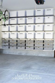 Organize Your Garage! With these garage storage tips, it becoems a mich easier job. So let's give these DIY garage storage ideas a try! Garage Organisation, Diy Garage Storage, Basement Storage, Storage Organization, Organized Garage, Bin Storage, Attic Storage, Storage Room Ideas, Garage Storage Solutions