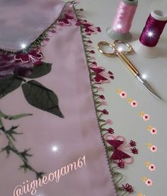 Piercings, Moda Emo, Bargello, Traditional Dresses, Diy And Crafts, Elsa, Quilts, Model, Handmade