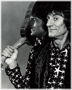 Ronnie Wood shot by Bob Carlos Clarke in the Photographs Collection at the The National Portrait Gallery, London. A shot I commissioned for The Powergen Calendar. Like A Rolling Stone, Rolling Stones, Happy Birthday Ron, Ronnie Wood Art, David Wood, Ron Woods, Charlie Watts, Greatest Rock Bands, Rock And Roll Bands