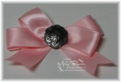 Mary Brown's Tutorial for Making Bows using Brads.