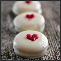 White Chocolate Covered Ritz Crackers for Valentine's Day