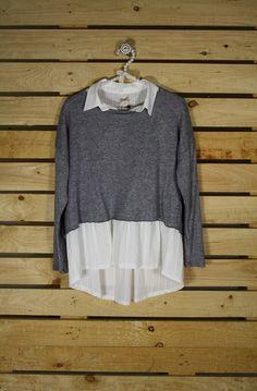 Tienda online de Moda mujer y hombre Jersey con punto cachemire y camisa blanca…