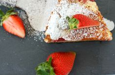Strawberry Clafoutis. Juicy, fresh and tasty.