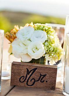 A Cabo San Lucas Wedding /centerpiece // Photo: Amy Bennett Photography