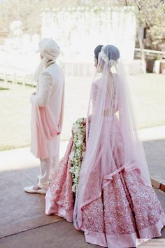 Miss India USA's Luxury South Asian Wedding - Part Ceremony and Reception at the Four Seasons Dallas Wedding Lehenga Designs, Wedding Lehnga, Bollywood Wedding, Sikh Wedding, Punjabi Wedding, Indian Bridal Outfits, Indian Bridal Wear, Bridal Dresses, Indian Wedding Pictures