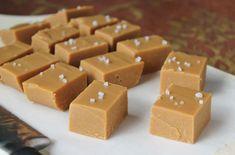 Fudge caramel au beurre salé au Thermomix, recette d'un délicieux caramel mou et moelleux au bon goût du beurre salé, très facile à faire au Thermomix.
