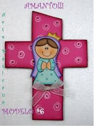 cruces decoradas - Buscar con Google Religious Paintings, Cross Paintings, Religious Art, Baptism Themes, Wood Craft Patterns, First Communion Favors, Country Paintings, Country Art, Tole Painting