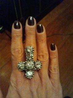 Anel cross luxo Juliana Manzini para Click2fashion Acessórios!