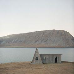 Tom Kondrat - abandoned beauty - 20x200 - $60