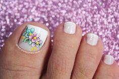 Diseño de pies flores1 Pedicure Nails, Toe Nails, Coffin Nails, Turquoise Highlights, Dimensional Hair Color, French Pedicure, Subtle Ombre, Hot Hair Colors, Nagellack Trends