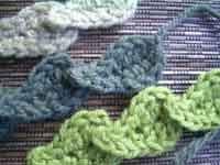Crocheted Leaves & Leaf Chain Free Pattern ✿⊱╮Teresa Restegui http://www.pinterest.com/teretegui/✿⊱╮