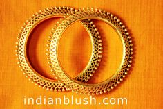 Indian Blush: Indian Gold Bangle Designs with Price/Bengali . Gold Bangles Design, Jewelry Design, Designer Bangles, 14k Gold Jewelry, Wedding Jewelry, Antique Earrings, Antique Jewelry, Bengali Jewellery, India Jewelry