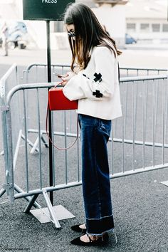 PFW-Paris_Fashion_Week-Spring_Summer_2016-Street_Style-Say_Cheese-Jeans-Buro-
