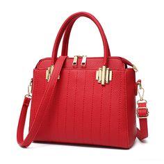 c5a2a0a4ef CrystalClutch.com  Crystal Clutch Bag Rhinestone Evening Bags