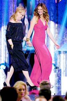 Meryl and Julia Roberts at the SAG Awards ~ 2014