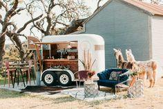 Mobile Bar, Mobile Shop, Horse Box Conversion, Caravan Conversion, Converted Horse Trailer, Coffee Food Truck, Mobile Coffee Shop, Coffee Trailer, Caravan Bar