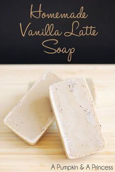 Homemade Vanilla Latte Soap - smells amazing and makes a great handmade gift!