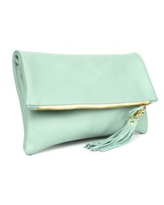 Love/want this clutch.