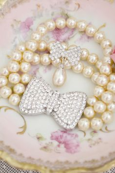 """""""I feel undressed if I don't have my pearls on."""""""
