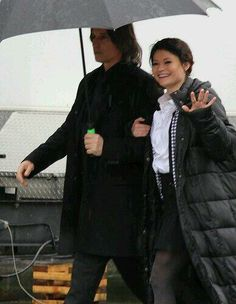 Mr. Gold and Belle Aahahaha waiting for them to reunite!!