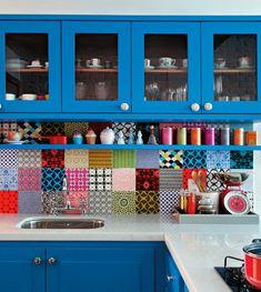 Маленькая кухня – наказание или возможность проявить свои творческие способности в лучшем свете?