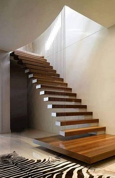 ★ 𝙼𝚢𝚛𝚊 𝙼𝚞𝚜𝚎 Home Stairs Design, Stair Railing Design, Stair Decor, Interior Stairs, Modern House Design, Cantilever Stairs, House Staircase, Staircase Ideas, Escalier Design