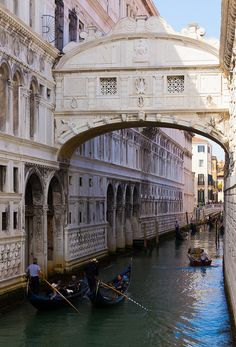 Bridge of Sighs in daylight - if you kiss underneath you're in love forever.