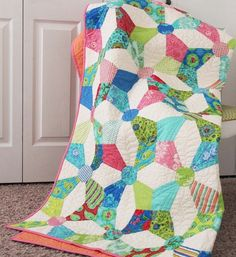 Love Summer House and this quilt really makes it fun! :)